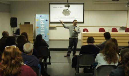 """Formación Docente en el Centro de Innovación:""""Desarrollo del Pensamiento Creativo"""""""